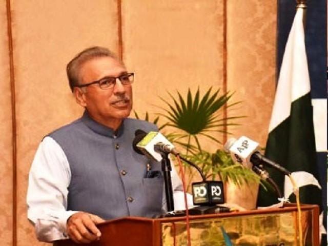 President Alvi says economy heading in right direction